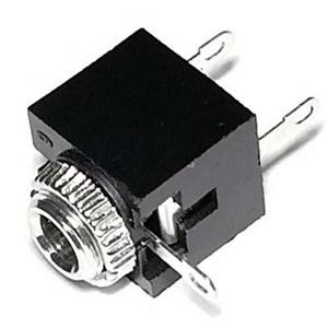 Аудио разъем 3.5 мм на корпус, стерео, 3 контакта