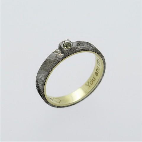 Кольцо на заказ из метеорита с оливином