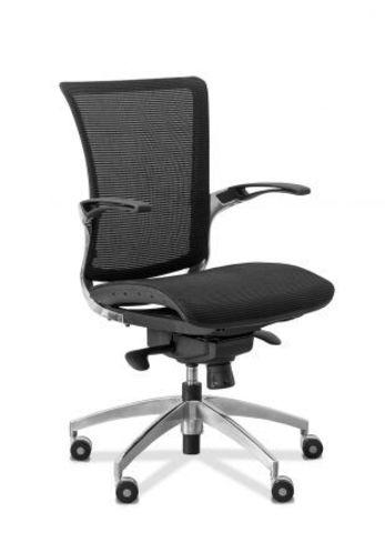 C80 Кресло компьютерное черный каркас