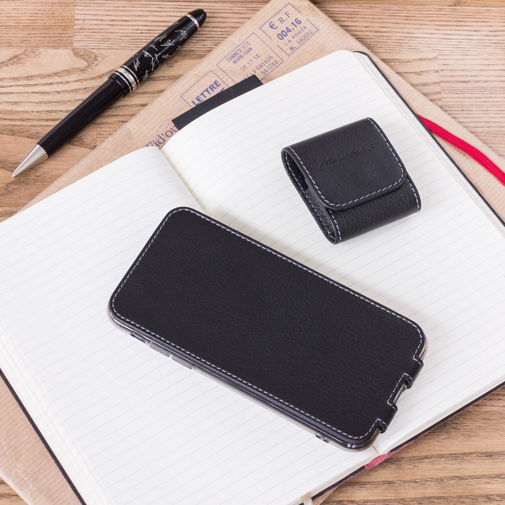 AirPods leather case - black