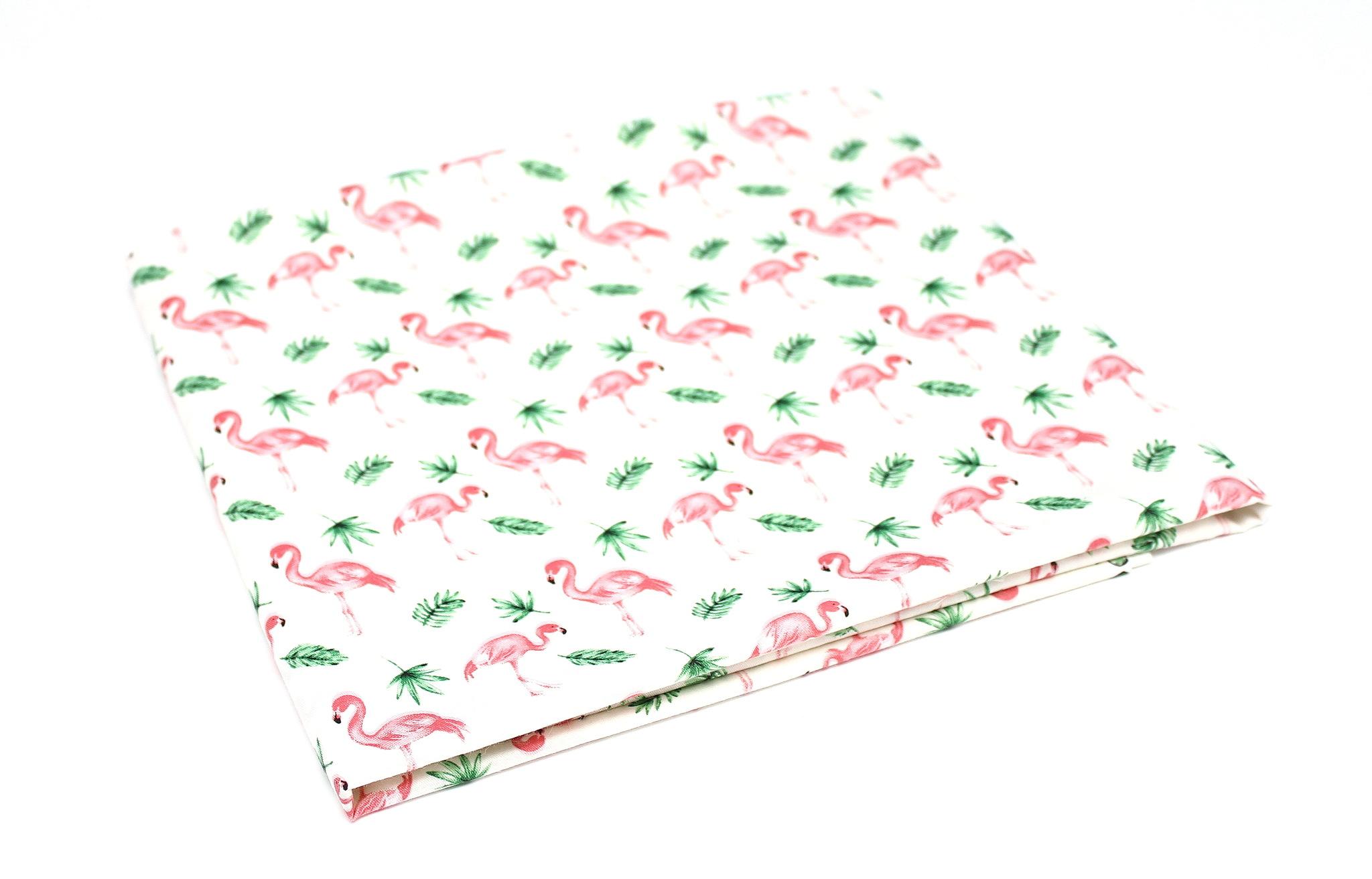 Фламинго и листочки
