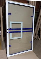 Щит баскетбольный игровой 180х105см, из закаленного стекла 10мм, на металлической раме.