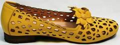 Слиперы женские закрытые босоножки на низком каблуке Phany 103-28 Yellow.