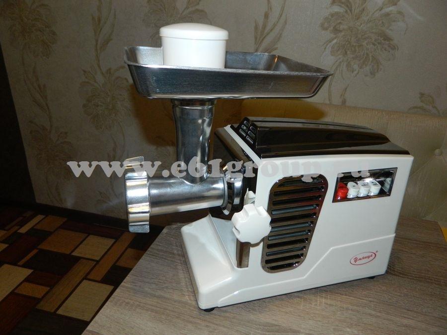4 Мясорубка электрическая Комфорт Умница МЭ-3000Вт белая  хром. накладки отзывы