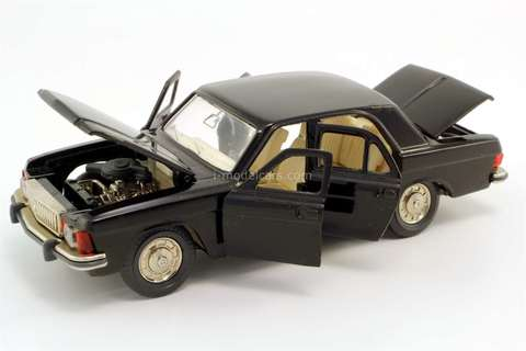 GAZ-3102 Volga black Agat Tantal Made in USSR 1:43