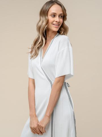Женское платье-кимоно с поясом молочного цвета из вискозы - фото 3