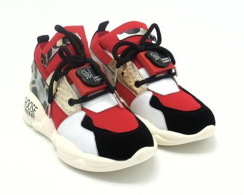 Кроссовки красные на массивной подошве