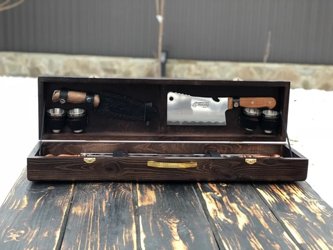 Набор шампуров в деревянной коробке №4