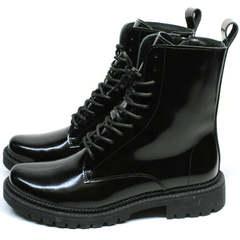 Черные ботинки на шнуровке женские зимние Ari Andano 740 All Black.