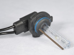 Ксеноновая лампа MaxLux HB3 (9005) 5000К, шт