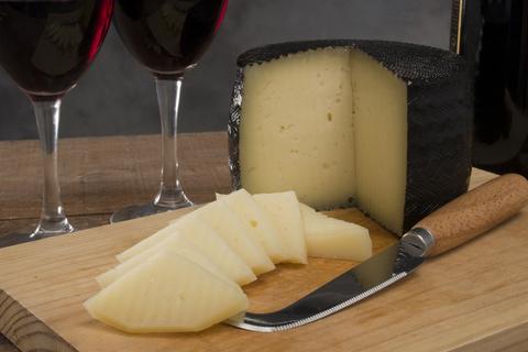 Сыр Красное вино (Голландия) СЫРЫ И КОЛБАСЫ ИП ПОТАПОВА
