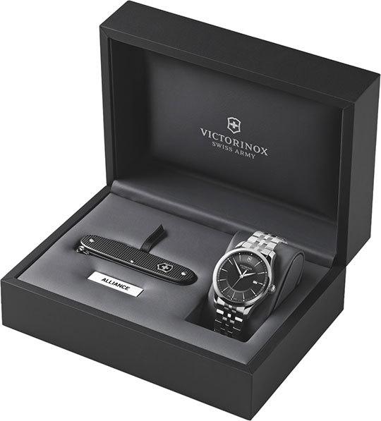 Мужские часы Victorinox 241801.1
