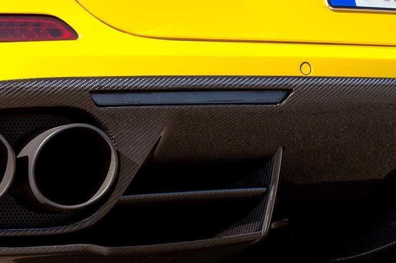 Карбоновые отражатель в диффузор Novitec Style для Ferrari California