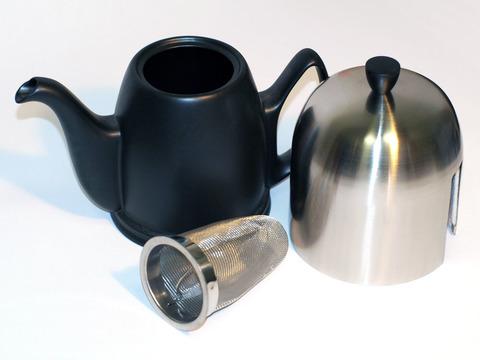 Фарфоровый заварочный чайник на 8 чашек без крышки, черный, артикул 150447.