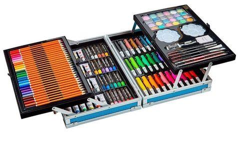 Набор для рисования в кейсе.