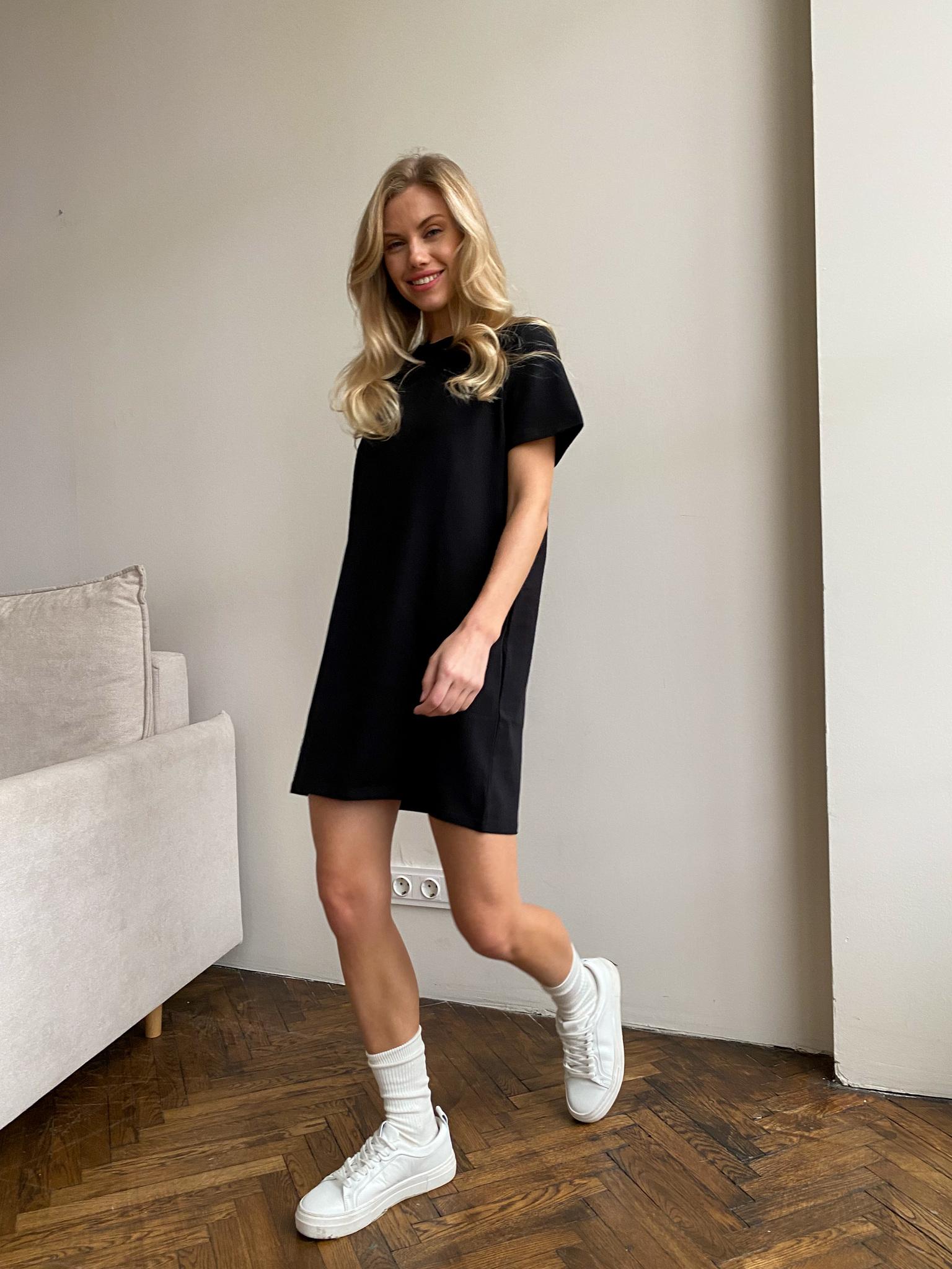 Платье-футболка (черный)