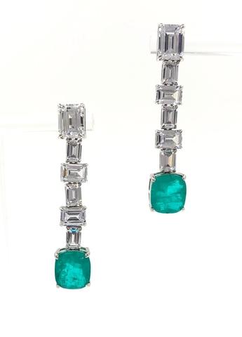 89061- Серьги из серебра с зеленым кварцем в стиле Graff