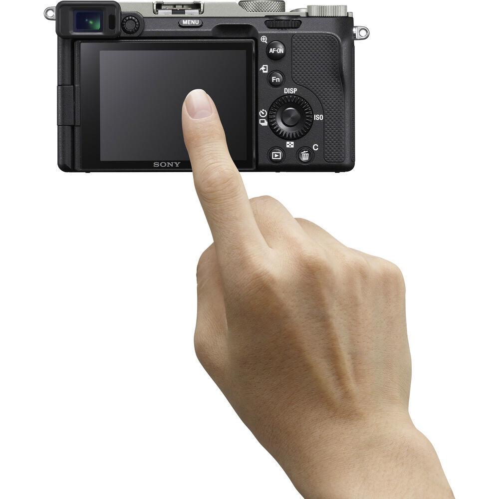 Фотокамера Sony A7C серебристая с сенсорным экраном