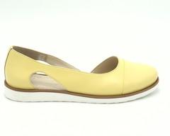 Туфли лето желтого цвета из натуральной кожи