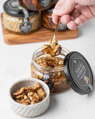 Грецкий орех в акациевом меду