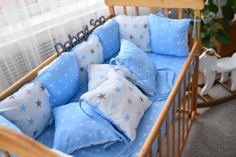 Защита со съемными наволочками в кроватку от комплекта Bravo 12 шт 3-03-1 Бело-голубой большие звёзды