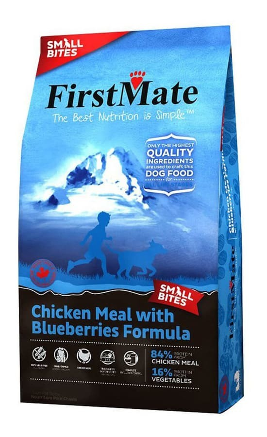 Купить корм FirstMate Chicken Meal With Blueberries Small Bites для собак малых пород