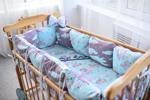 Защита со съемными наволочками в кроватку от комплекта Bravo 12 шт 3-03-1 Мятно-бордовый тучка + единорог