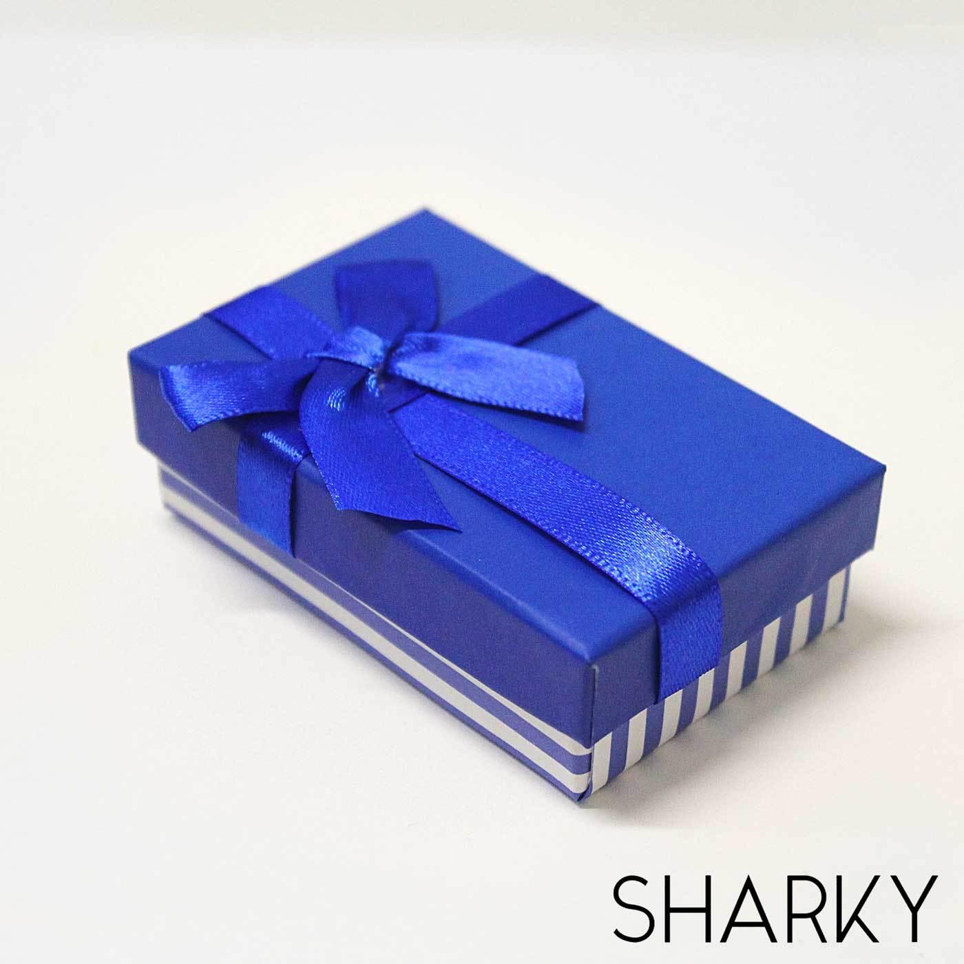 Подарочная синяя коробочка с яркими полосками / Подарочная упаковка Отрадное