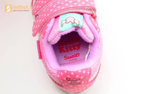 Светящиеся кроссовки для девочек Хелло Китти (Hello Kitty) на липучках, цвет розовый, мигает картинка сбоку. Изображение 14 из 15.