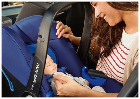 Автокресло BRITAX ROMER Baby-Safe SHR II напрокат