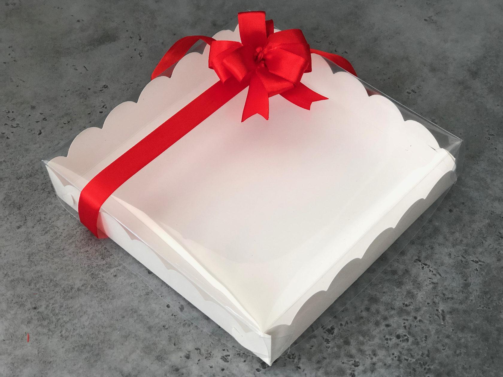 Коробка для пряников 20х20х3,5 см, БЕЛАЯ