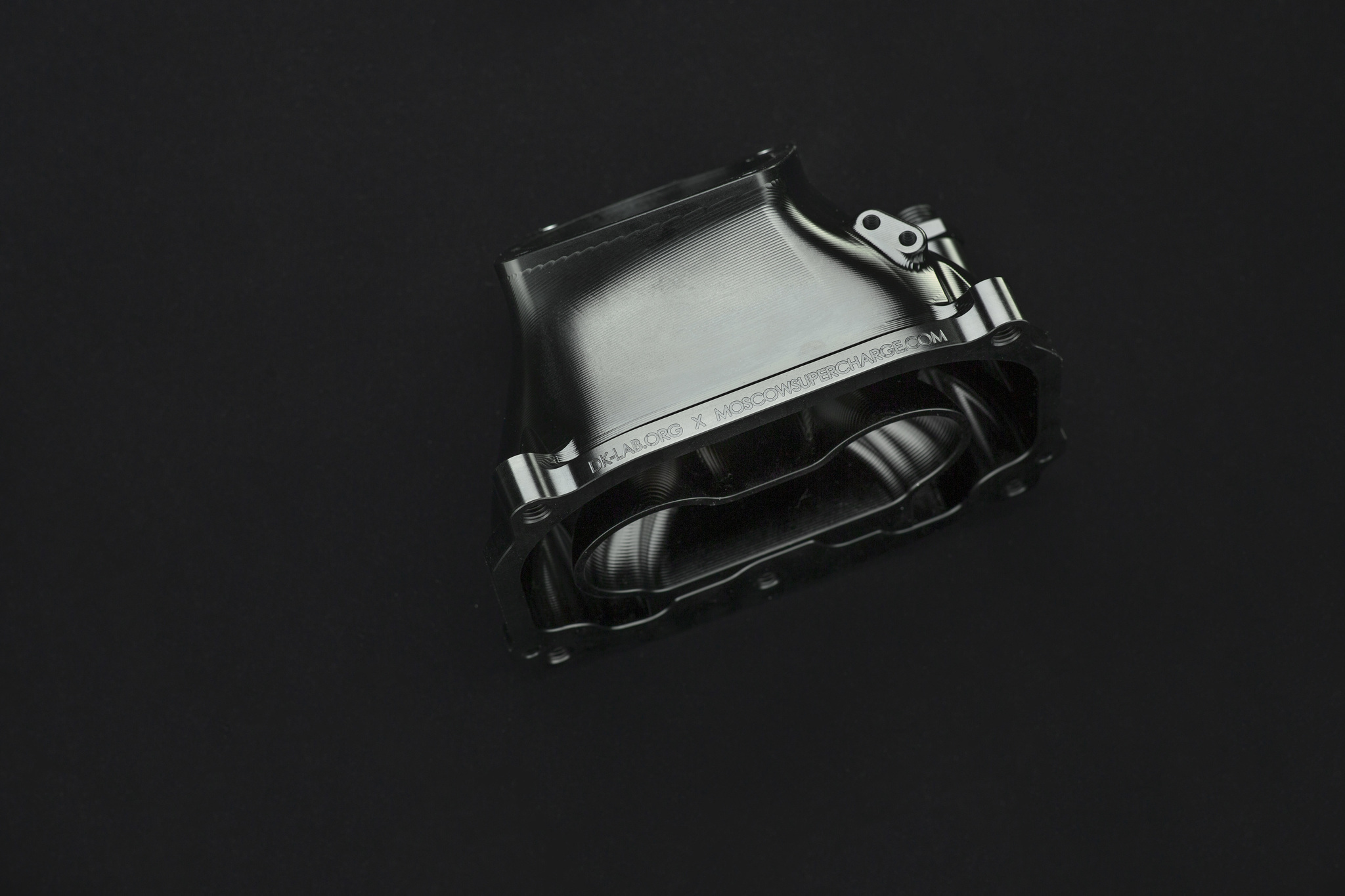 Впуск компрессора M113K под 90мм дроссель
