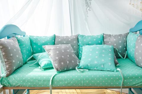 Защита со съемными наволочками в кроватку от комплекта Bravo 12 шт 3-03-1 Мятно-серая звезда
