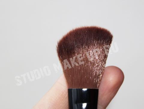 Кисть для контура и румян TF cosmetics BL03