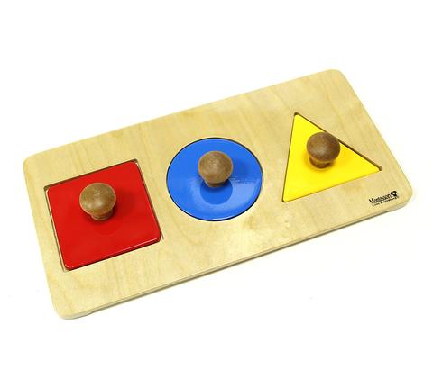 Геометрические пазлы: квадрат, круг, треугольник на подставке