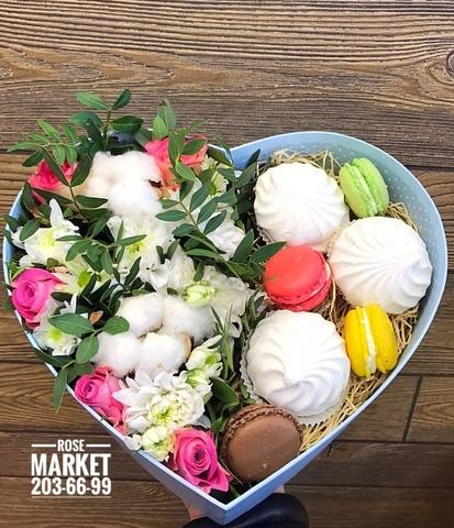 Цветы, зефир и macaron ( 4 шт.) #20691