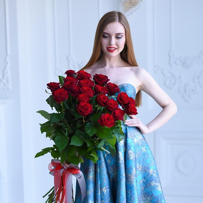 21 красная роза некороткая купить букет в Перми доставка