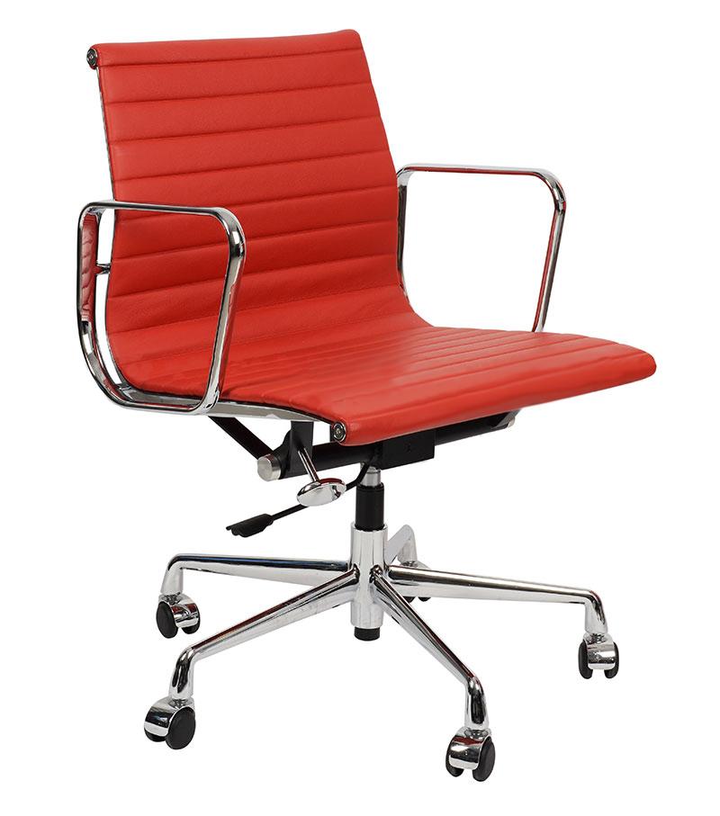 Кресло Eames Style Ribbed Office Chair EA 117 красная кожа - вид 1