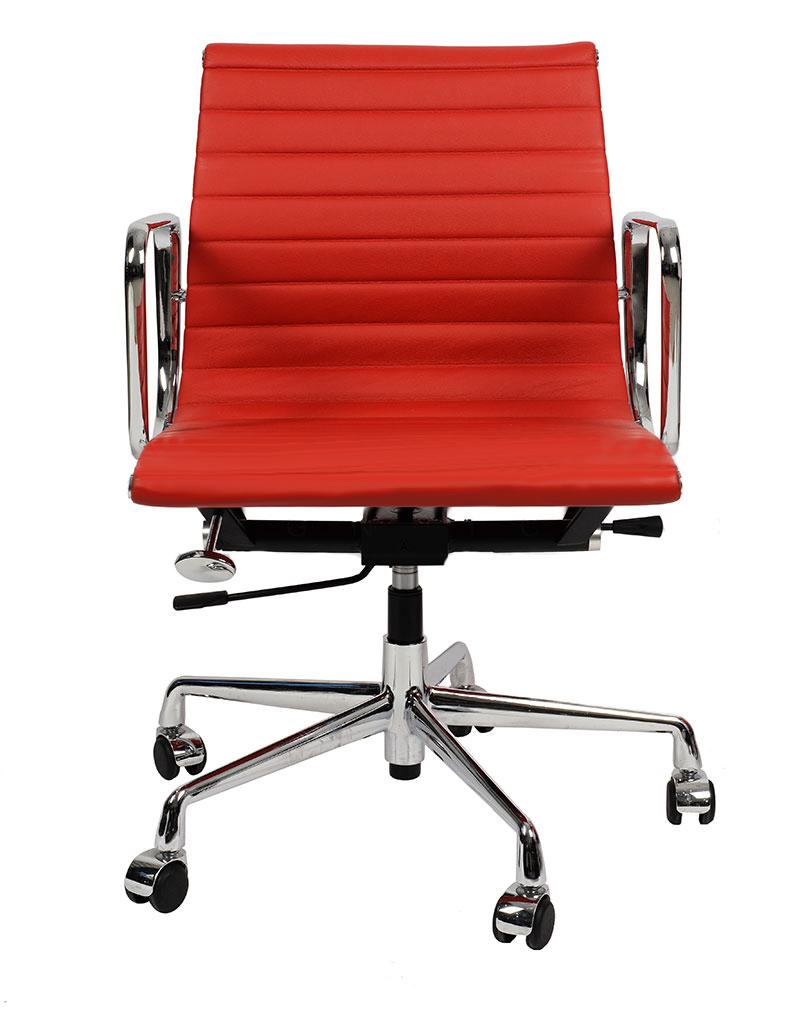 Кресло Eames Style Ribbed Office Chair EA 117 красная кожа - вид 3