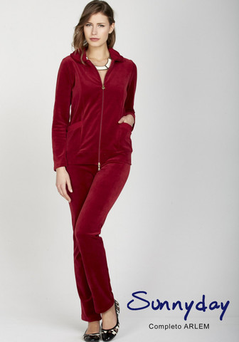 Бордовый женский велюровый костюм для дома