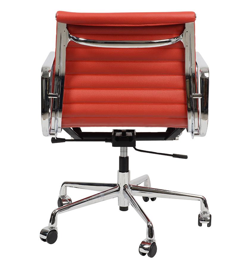 Кресло Eames Style Ribbed Office Chair EA 117 красная кожа - вид 5