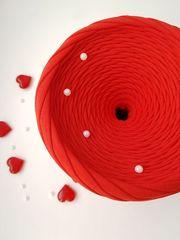 Красный  трикотажная пряжа