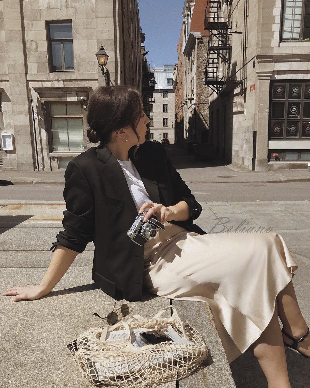 Кремовая (светло-бежевая юбка) миди из натурального шелка