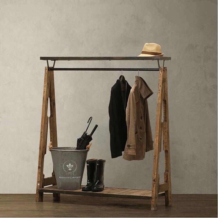 Вешалка для одежды History