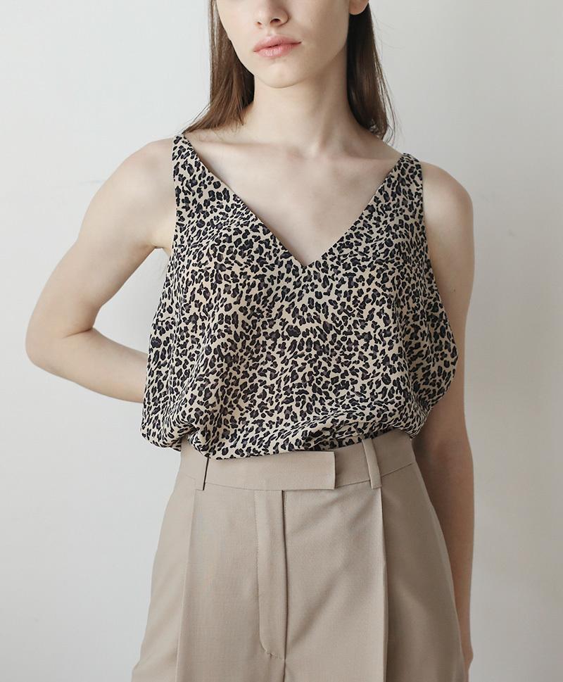 Топ леопардовый принт