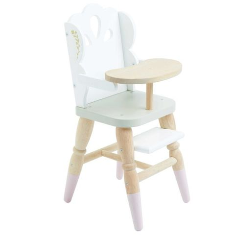 Le toy van. Игрушечный стул для куклы