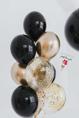 Черно-золотые шарики