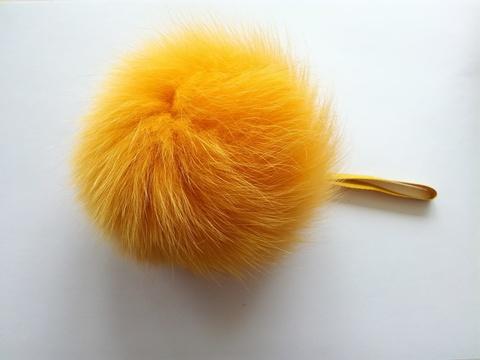 Помпон песец натуральный желтый 14-16 см