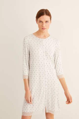 Коротка нічна сорочка з принтом і гудзиками