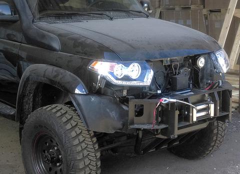 Композитный передний бампер УАЗ Патриот, Пикап, Карго с фарами черный АВС-Дизайн